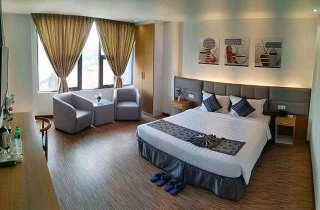 Botahtaung Hotel