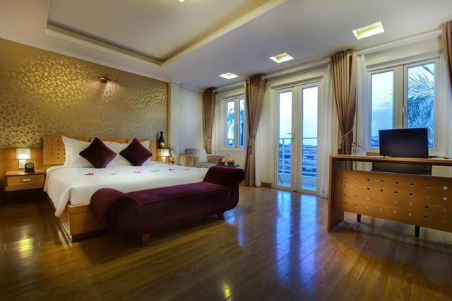 Hanoi La Storia Ruby Hotel