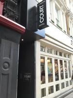 London Court Hotel
