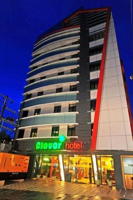 Clover Hotel