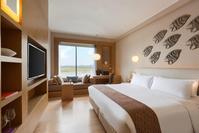 Hotel Jen Puteri Harbour ...