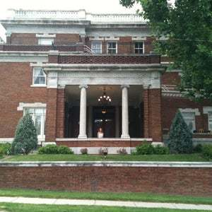 Loose Mansion