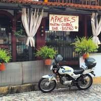 Apaches Martini Bar and B...