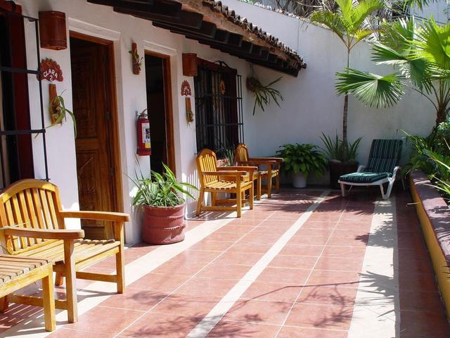 La Terraza Inn