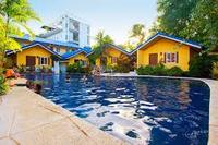Blue Lagoon Inn & Suites