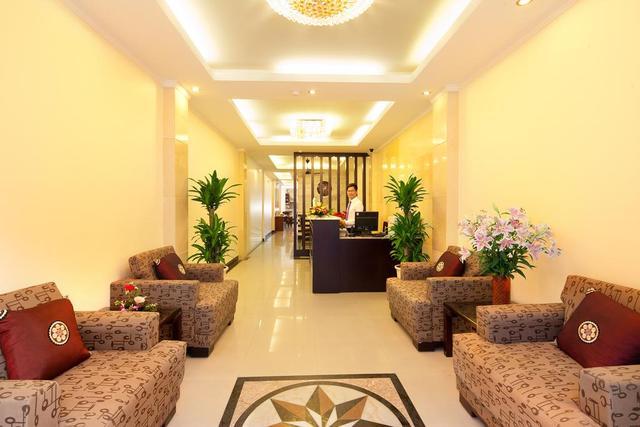 Khách sạn Rồng Bay
