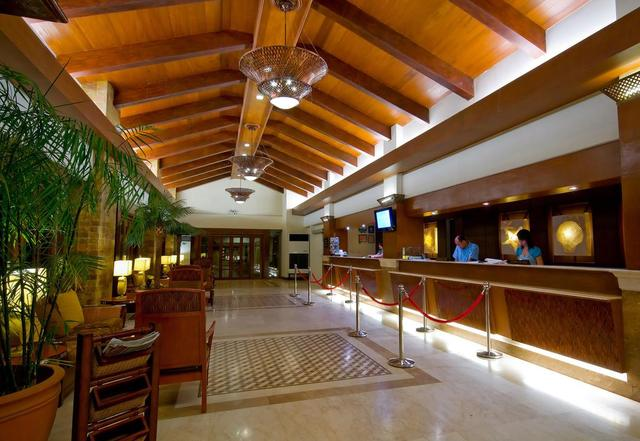 Henann Regency Resort & Spa