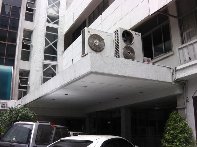SURIWONGSE HOTEL Image