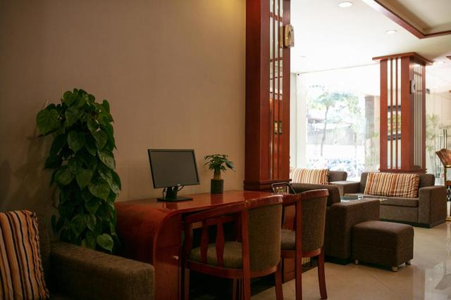 Khách sạn Sen 1